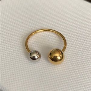 Discontinued Chloe Ring Size 6